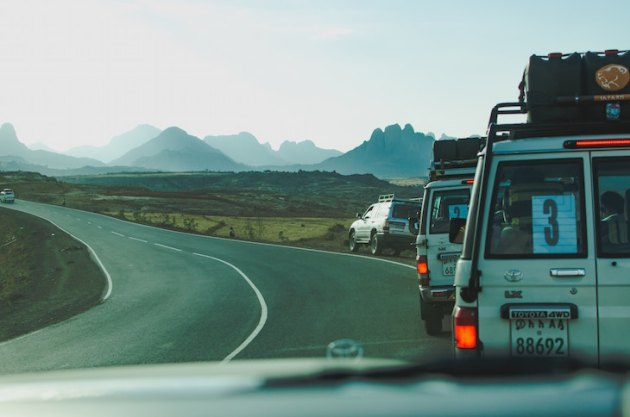 5 Tips for Eating Healthy on a Road Trip (Plus a Bonus Cheatsheet For Ordering Out)   This Miss Cooks